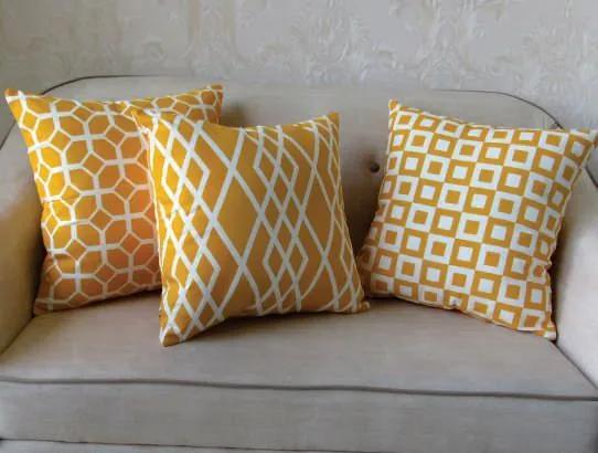 3 Capas para Almofada Soft Turim Geométrico Amarelo 43x43cm