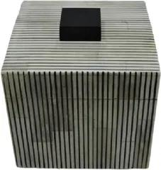 Caixa de Resina P Estilo Osso Branco e Preto