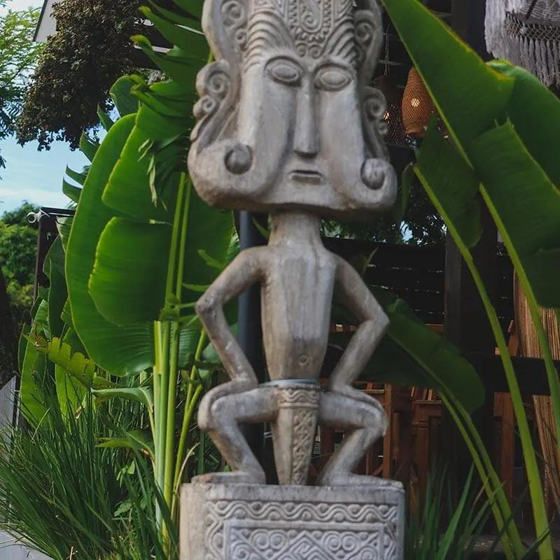 Escultura em Madeira Teka Timor 265cm
