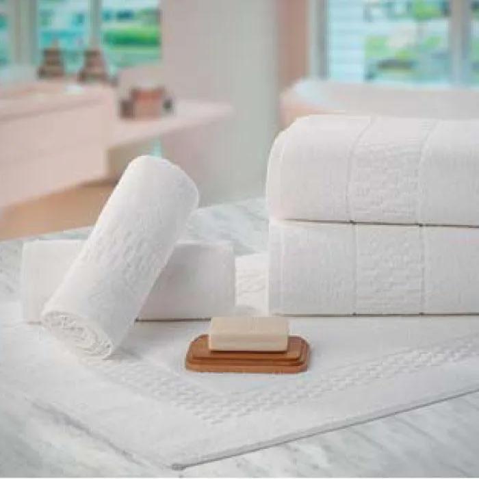 Toalha de Piso Branca Teka - Madri  (48x70cm)