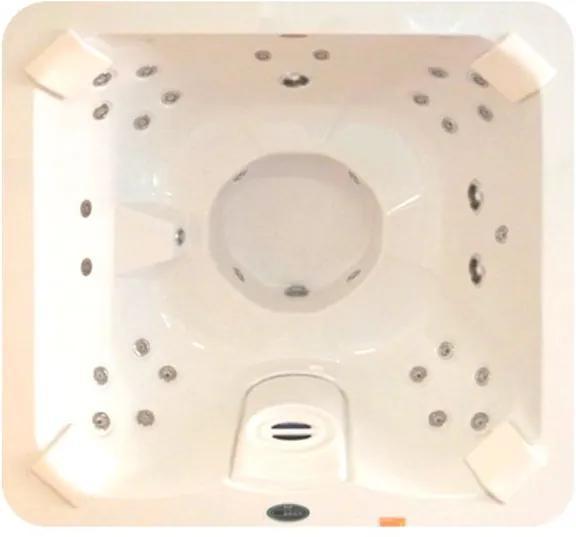Banheira SPA Hidromassagem J185 Vip com 32 jatos 180x180x089cm para 4 pessoas com aquecedor e cromo led, sem fechamento - Jacuzzi - Jacuzzi