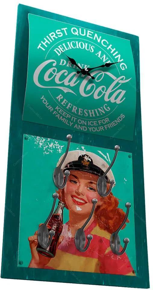 Relógio de Parede Coca-Cola Pin-Up Brown Lady com Ganchos em MDF Verde