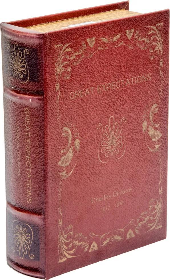 Livro Decorativo Expectations