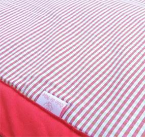 Tapete de Atividades Piquenique Impermeável e acolchoado Xadrez Vermelho - 1,40m x 1,40m