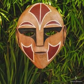 Máscara Étnica em Madeira