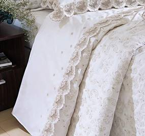 Roupa de Cama / Lençol Vietri Queen em Fio Egipicio Percal 400 fios cor Branco e Palha com 4 peças - Ruth Sanches