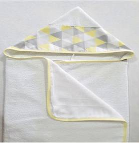 Toalha de Banho Revestida com Capuz Losango Amarelo