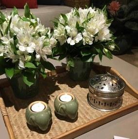 Castiçal Decorativo em Porcelana Elefante Verde
