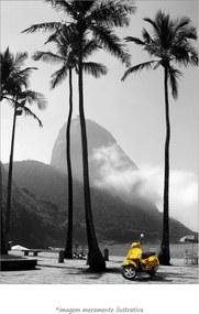 Poster Scooter Amarela De Ipanema - Rio De Janeiro (60x90cm, Apenas Impressão)
