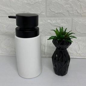 Porta sabonete líquido e vasinho preto com suculenta