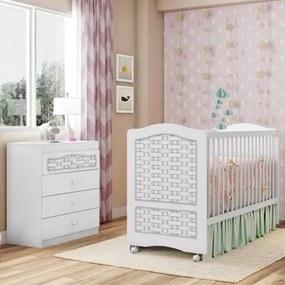 Quarto de Bebê Cômoda e Berço Fantasy Branco/Ripado - Móveis Estrela