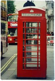 Placa de Metal Yaay London Telephone Vermelha